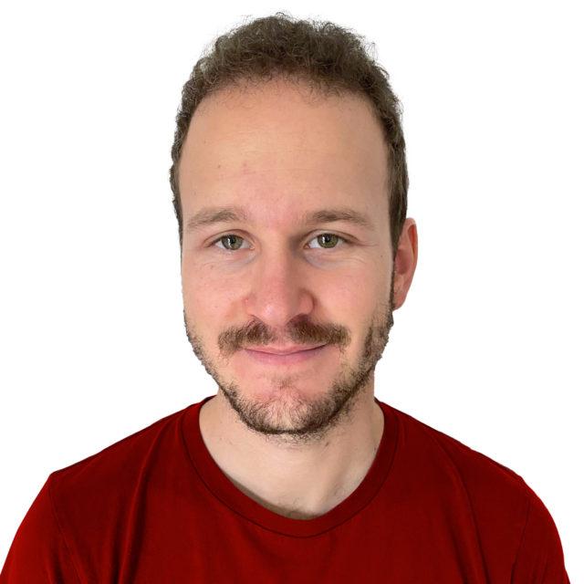 https://www.avironvesenaz.ch/wp-content/uploads/2020/11/Stephane-Weiss-Coach-640x640.jpg